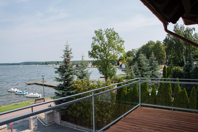 http://charzykowypokoje.pl/wp-content/uploads/2015/08/willa_emilia_charzykowy-pokoje-apartamenty-34.jpg